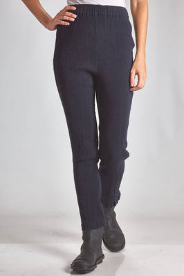 leggings in vertical and irregular froissé of stretch cotton  - 362