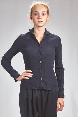 hip length shirt in vertical and irregular froissé of stretch cotton  - 362