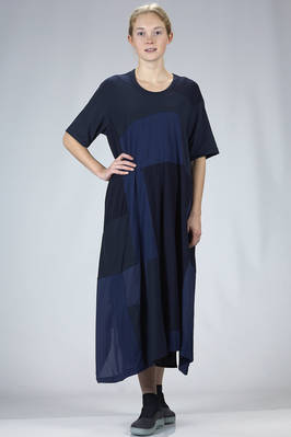 wide longuette dress in tone on tone patchwork of cotton jersey on the front and solid colour on the back  - 97