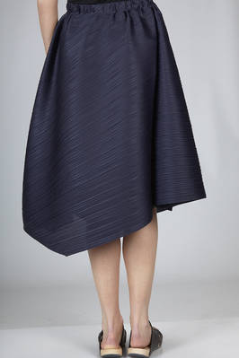 gonna sotto al ginocchio in plissé stretto diagonale di poliestere - PLEATS PLEASE Issey Miyake