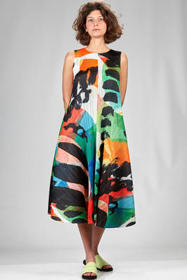 wide longuette dress in narrow vertical polyester plissé with multicolour brushstrokes  - 111