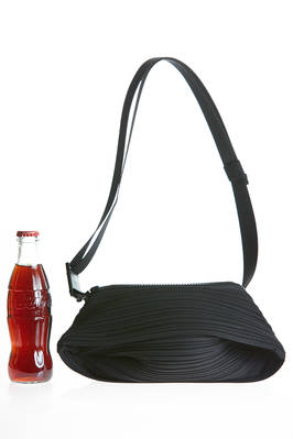 parallelepiped pouch in nylon plissé with horizontal narrow pleats  - 111