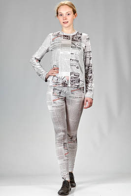 two pieces suit in polyester jersey with newspaper print  - 48