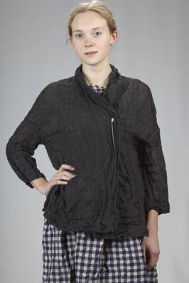 hip length jacket in washed and crumpled linen gauze  - 195
