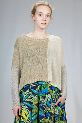 short and wide sweater knitted blocks of different tonalities and types of processing of the silk, cotton and linen  - 360