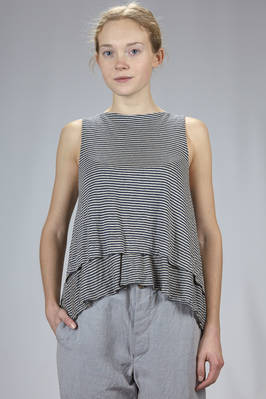 hip length wide top in a double linen jersey with thin horizontal straps  - 161