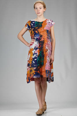 knee length dress in polyester plissé with 'palette of blended colours' effect  - 47