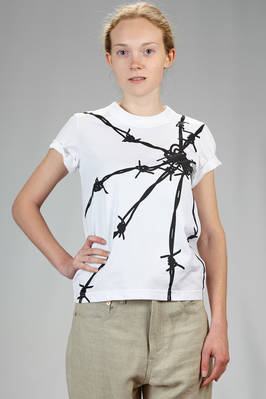 hip length t-shirt in cotton jersey with 'punk barbed wire' print  - 74