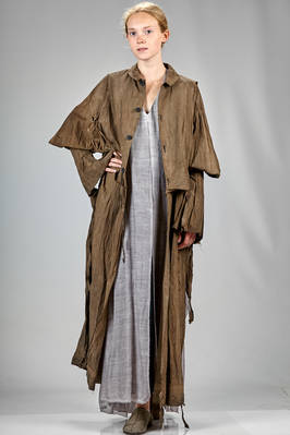 long and wide 'sculpture' trench in natural shaded cotton paper, washed and wrinkled  - 365