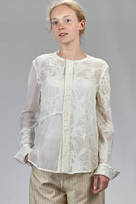 long and slim fitted shirt in silk voile, cotton and linen with foliage effect parts  - 359