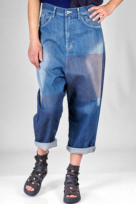 soft jeans in very light stone wash cotton denim with nuanced band on each leg  - 97