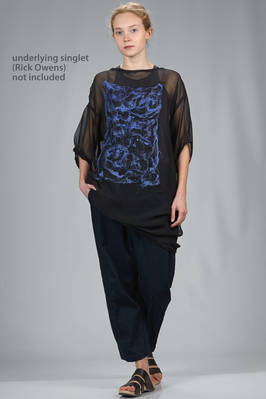 above the knee tunic in silk chiffon with abstract shaded square in nuno felt of wool on the front  - 344