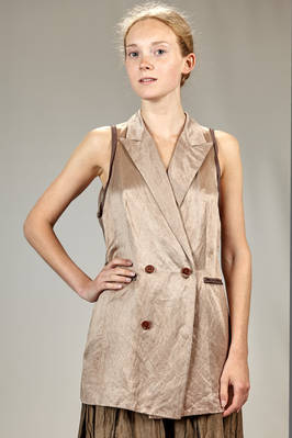 long waistcoat in linen, silk and washed cotton sateen with the borders in contrasting color silk, sleeves in silk tussah  - 365