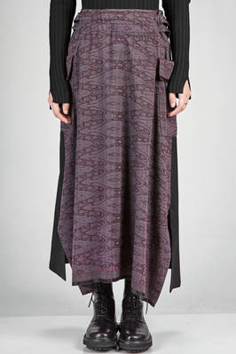 long skirt in drapery alike jacquard of wool and silk and solid colour wool and nylon canvas  - 97