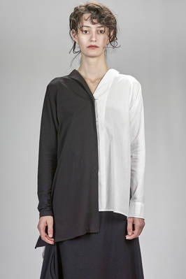 long, wide and asymmetrical shirt with one side in washed cotton poplin and one side in cotton jersey  - 97