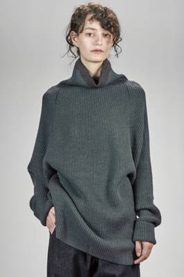long and wide sweater in acrylic, wool, silk and alpaca knit with vertical ribs  - 97