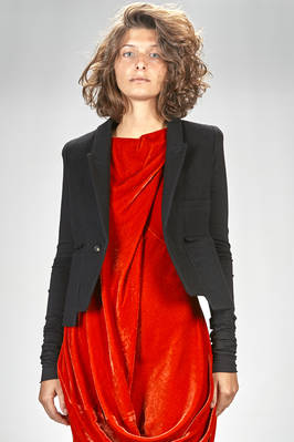 short and slim fitted jacket in boiled wool with sleeves in cotton jersey, lined in cupro  - 120