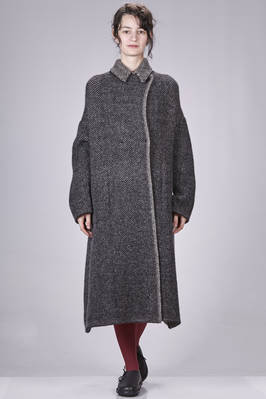 wide knee-length coat in double melange knit of wool, polyamide, yak, mohair and spandex, single breasted, shirt collar, button fastening, vertical welt pockets on the sides  - 227