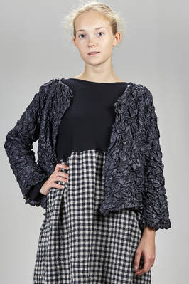short and wide jacket in embosed nylon taffetas and washed wool gauze  - 195