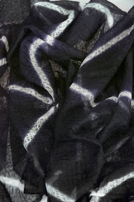 long and wide scarf in very soft cashmere gauze dyed with boujime shibori technique  - 352