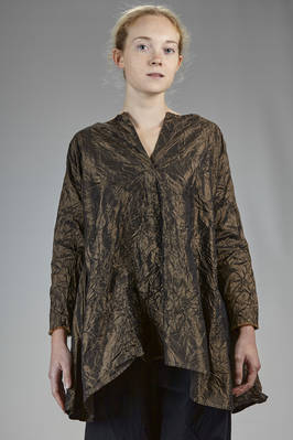 long and whide shirt in washed silk taffetas  - 195