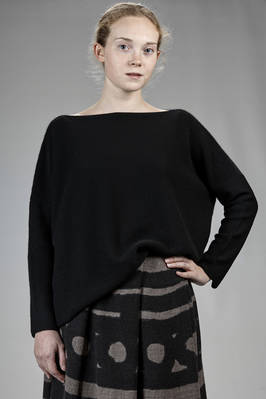 hip-length sweater in merino wool, mohair and silk stockinette stitch, parts in cashmere  - 195