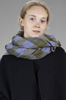 wide scarf in super soft vichy cashmere gauze  - 195