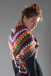 Triangle-shaped shawl in heavy square stitch knitted multicolour wool  - 195