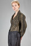 short 'sculpture' jacket in silk that seems old leather and with shaded ink dyeing - PHAÉDO