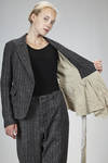 hip length jacket in linen, wool, silk and nylon pinstripe with shantung effect, lined with linen, silk and washed cotton canvas - FORME D' EXPRESSION